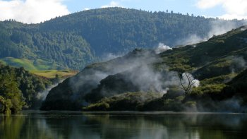Waiotapu Thermal Wonderland & Waikato River Jet Boat Tour