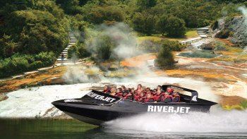 Rainbow Mountain, Mud Pools & Jet Boat Ride Tour