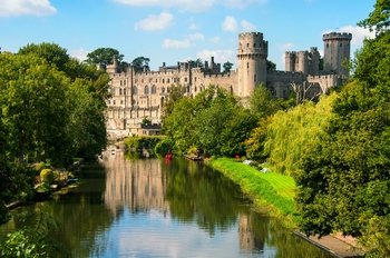 Warwick Castle Shakespeares England Oxford & Cotswolds Flexible Day Tri...