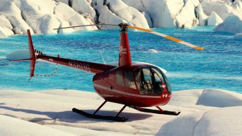 Helicopter Tour with Glacier Landing