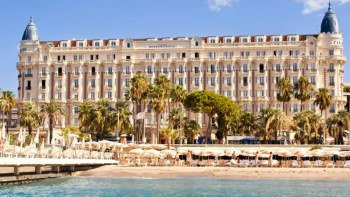 Full-Day French Riviera Tour to Èze, Monaco, Antibes & Cannes