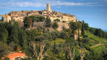 Full-Day French Riviera Coast & Countryside Tour from Nice