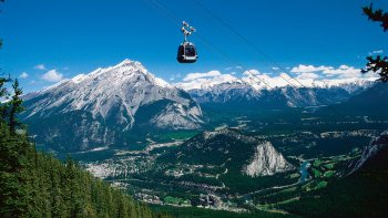 Full-Day Downtown Banff & National Park Tour