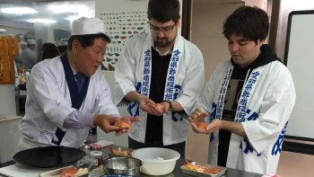 Half-Day Sushi-Making Experience with Lunch