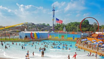 Clementon Park & Splash World Admission