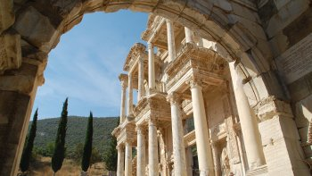 Guided Tour of Ephesus & the House of the Virgin Mary