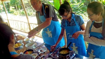 Private Full-Day City Tour with Cooking Class