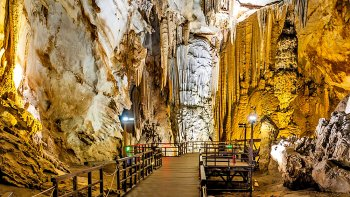 Private 2-Day Excursion to Phong Nha Ke Bang National Park