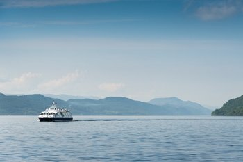 Loch Ness Cruise with Urquhart Castle Admission & Highlands Bus Tour