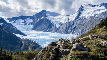 Transfer & Tour between Whittier & Anchorage