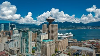 City Delights Tour with Capilano Suspension Bridge Park & Fish Hatchery