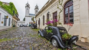 Private Colonia del Sacramento Tour from Montevideo