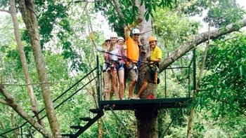 Half-Day Ziplining Excursion in Manuel Antonio