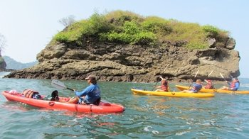 Kayak & Snorkeling Adventure on the Manuel Antonio Coast