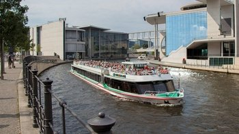 Ver la ciudad,Actividades,Visitas en barco o acuáticas,Actividades acuáticas,Crucero Río Spree,Con comida y bebida