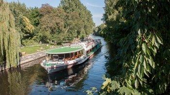 ,Crucero Río Spree,Con comida y bebida