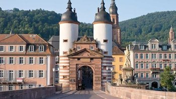 Full-Day Tour of Heidelberg & Frankfurt City
