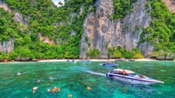 Half-Day Phi Phi Island Speedboat Excursion