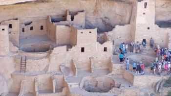 Guided Tour of Mesa Verde National Park with Lunch