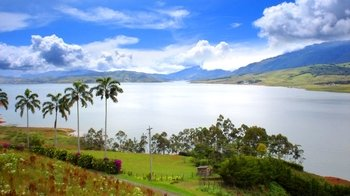 Guided Tour of Calima Lake & Guadalajara de Buga