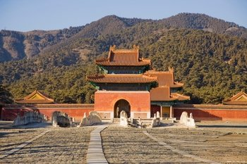 Exploration of Eastern Qing Dynasty Tombs