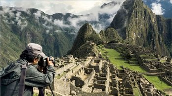 Guided Tour of Machu Picchu from Aguas Calientes