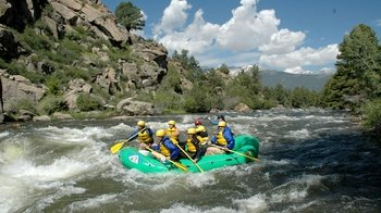 Whitewater Rafting Excursion through the Narrows