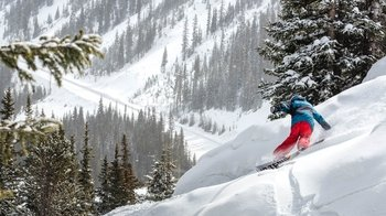 Breckenridge Resort Multi-Day Snowboard Hire Package with Delivery