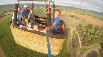 Hot Air Balloon Discovery Flight with Breakfast