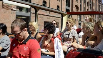 City Sightseeing Tour with Alster Lakes Cruise