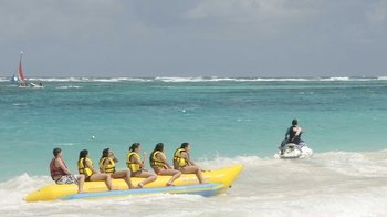 Guided Tour to Orient & Maho Beaches
