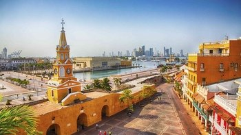 Guided Cartagena City Tour & Visit to San Felipe de Barajas Fort