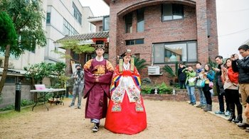 Private Traditional Korean Wedding Ceremony & Photoshoot
