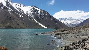 Cajón del Maipo & Embalse el Yeso Tour
