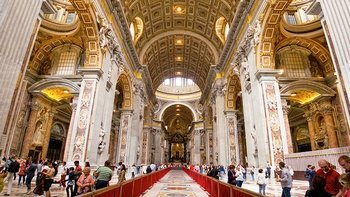 Early Sistine Chapel Entry with Vatican Museums & St. Peter's Basilica Tour