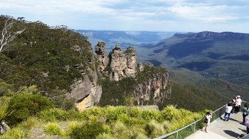 Full-Day Blue Mountains Tour with Featherdale Wildlife Park