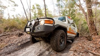 Fraser Island Off-Road Vehicle Training Adventure with Lunch
