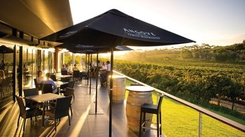 McLaren Vale Hop-On Hop-Off Winery Tour