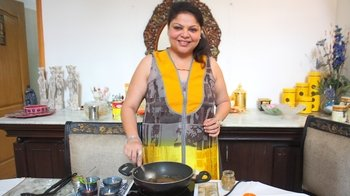 Private Home Meal near Taj Mahal with Monica