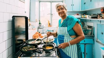 Private In-Home Bengali Lunch or Dinner with a Celebrity Chef