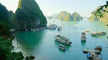 Full-Day Ha Long Bay Boat Excursion from Hanoi