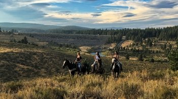 Small-Group Beginner or Novice Scenic Trail Ride