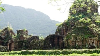Full-Day Guided Historical Tour of Champa Kingdom at My Son Sanctuary