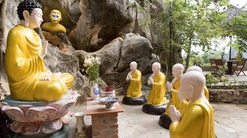 Guided Marble Mountains & Cultural Linh Ung Pagoda Tour