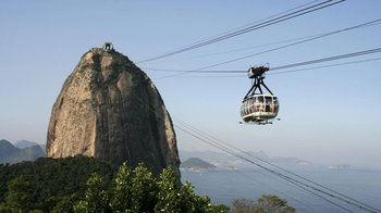 Full-Day Tour to Sugarloaf Mountain, Christ the Redeemer & Selaron Steps