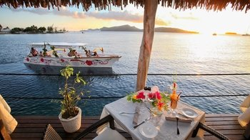 Small-Group Bora Bora Sunset Cruise & Dinner at Restaurant St. James