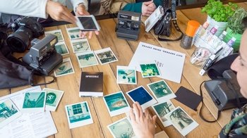 Small-Group Graz Vintage Photo Tour with a Polaroid Camera