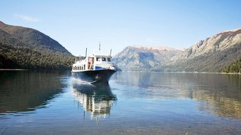 Full-Day Nahuel Huapi Boat Cruise to Brazo Tristeza