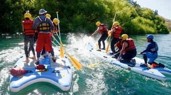 Half-Day Stand-Up Rafting Tour on Limay River