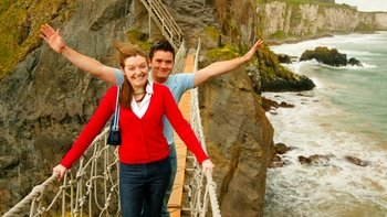 Combo Package: Giant's Causeway Tour & Hop-On-Hop-Off City Bus Tour